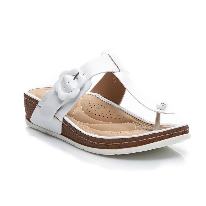Lakované pantoflíčky bílé AC-50W