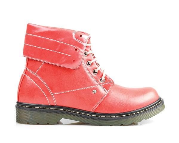 Kultovní červené kanady VOP13055R