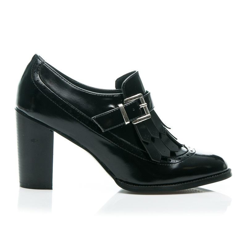 Dámské nízké boty s třásněmi lesklé černé- 11523-118VE