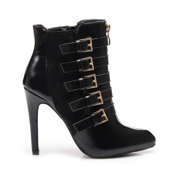 Fantastické boty na podpadku černé AJ317B