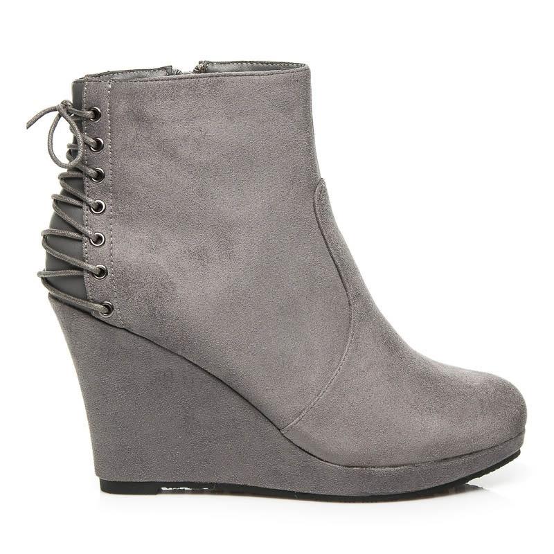 Pohodlné semišové boty na klínu šedé - C49G